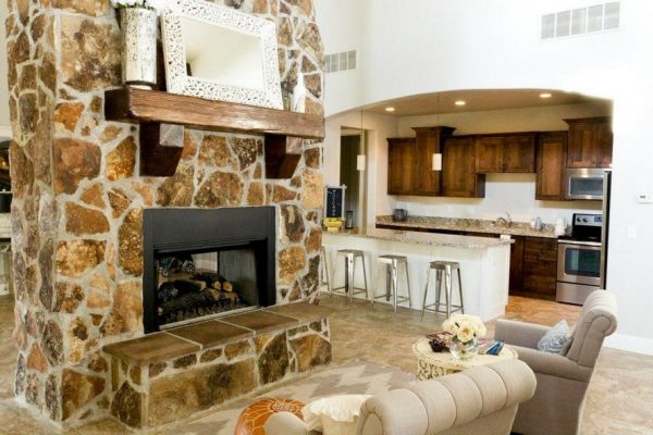 Clubhouse Fireplace (3 Inch)