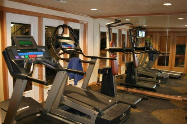 Crestwood Clubhouse Fitness Center