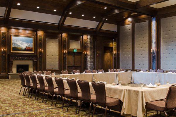 Web WPA Stein Eriksen 7 Ballroom Vertical